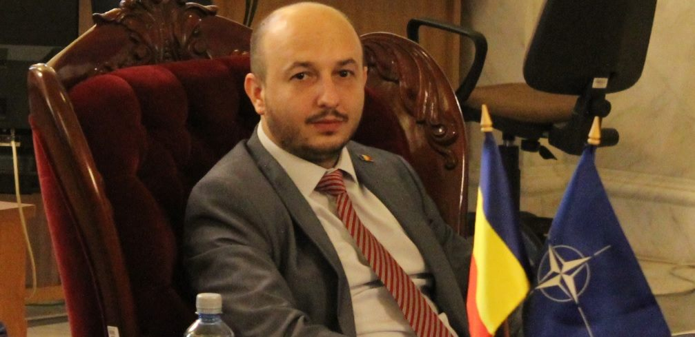 Răzvan MUNTEANU este președintele think-tankului Chamber in International Affairs (CEIA) și directorul general al publicației NewsInt.